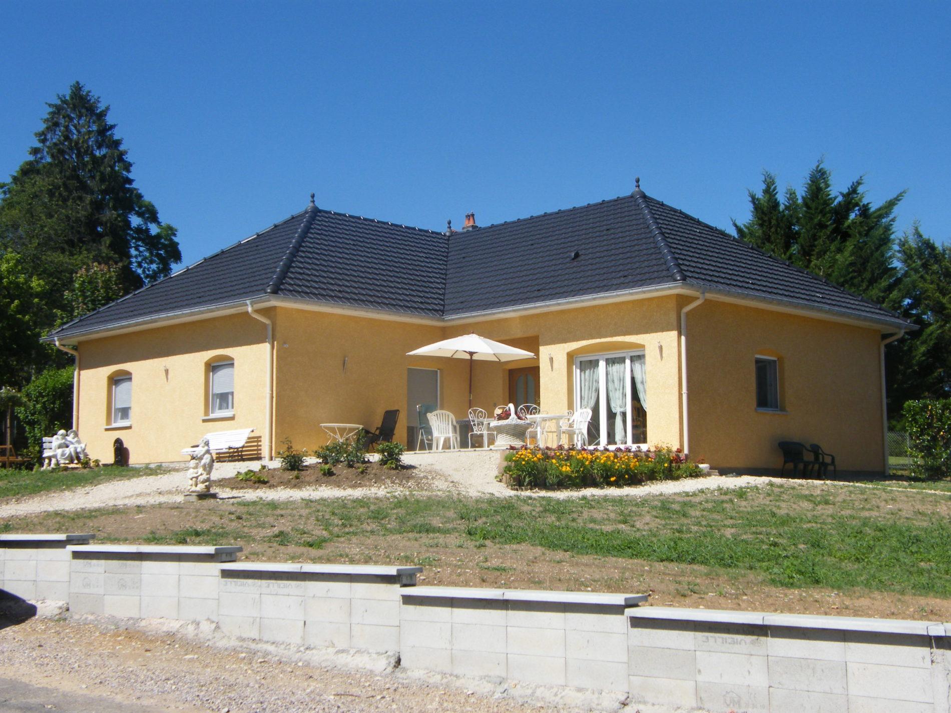 Reconstruction d'une maison d'habitation